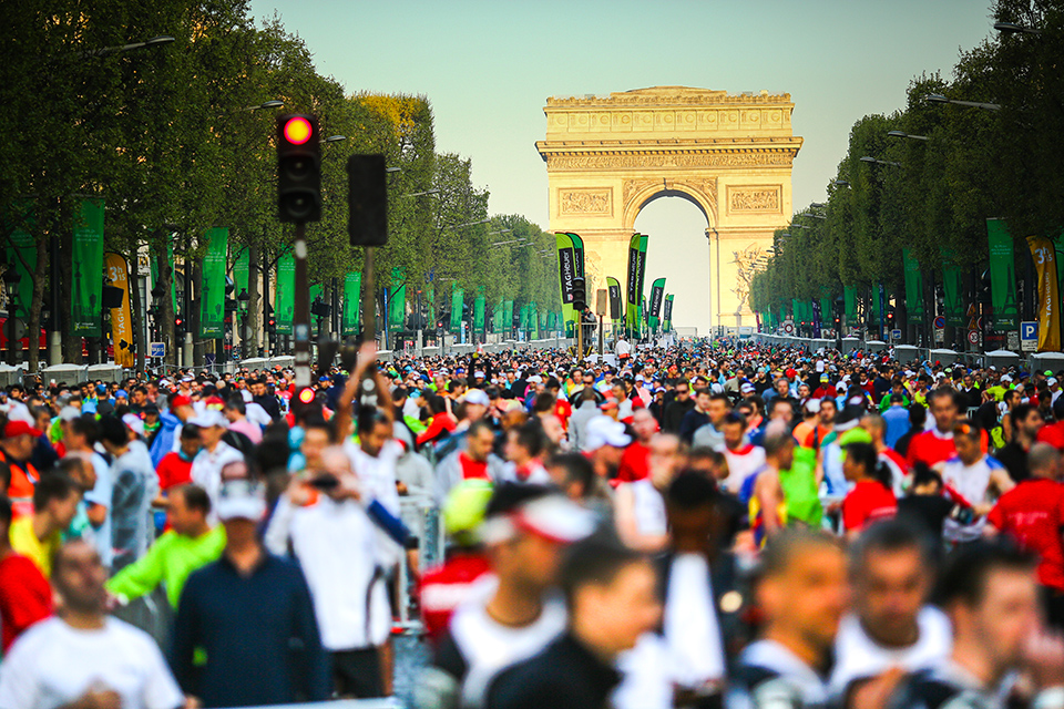 marathon-paris-arc-triomphe