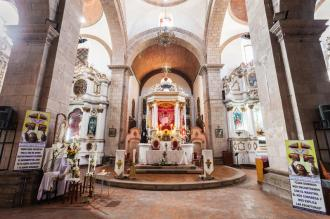 san-lorenzo-church-potosi-bolivia-may-iglesia-de-interior-located-potosi-bolivia-68157185